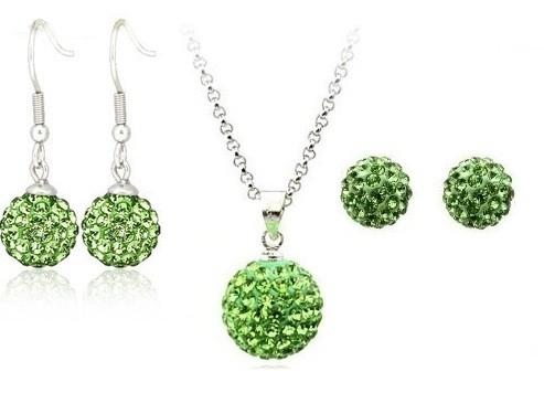Set bijuteriii SHAMBALA verde deschis cu 2 perechi de cercei cu cristale